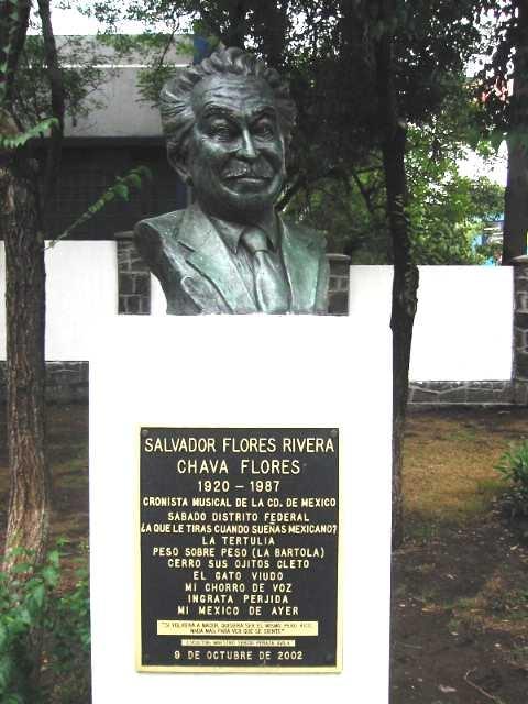 Busto Escultórico de Chava Flores