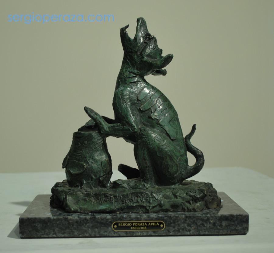 131-Sergio-Peraza-Artista-Escultor