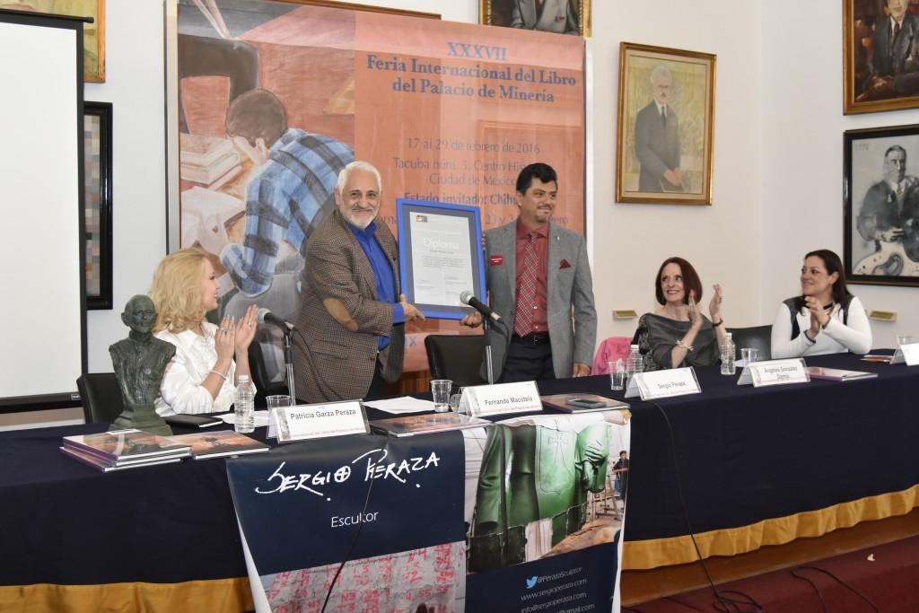 Homenaje a Sergio Peraza