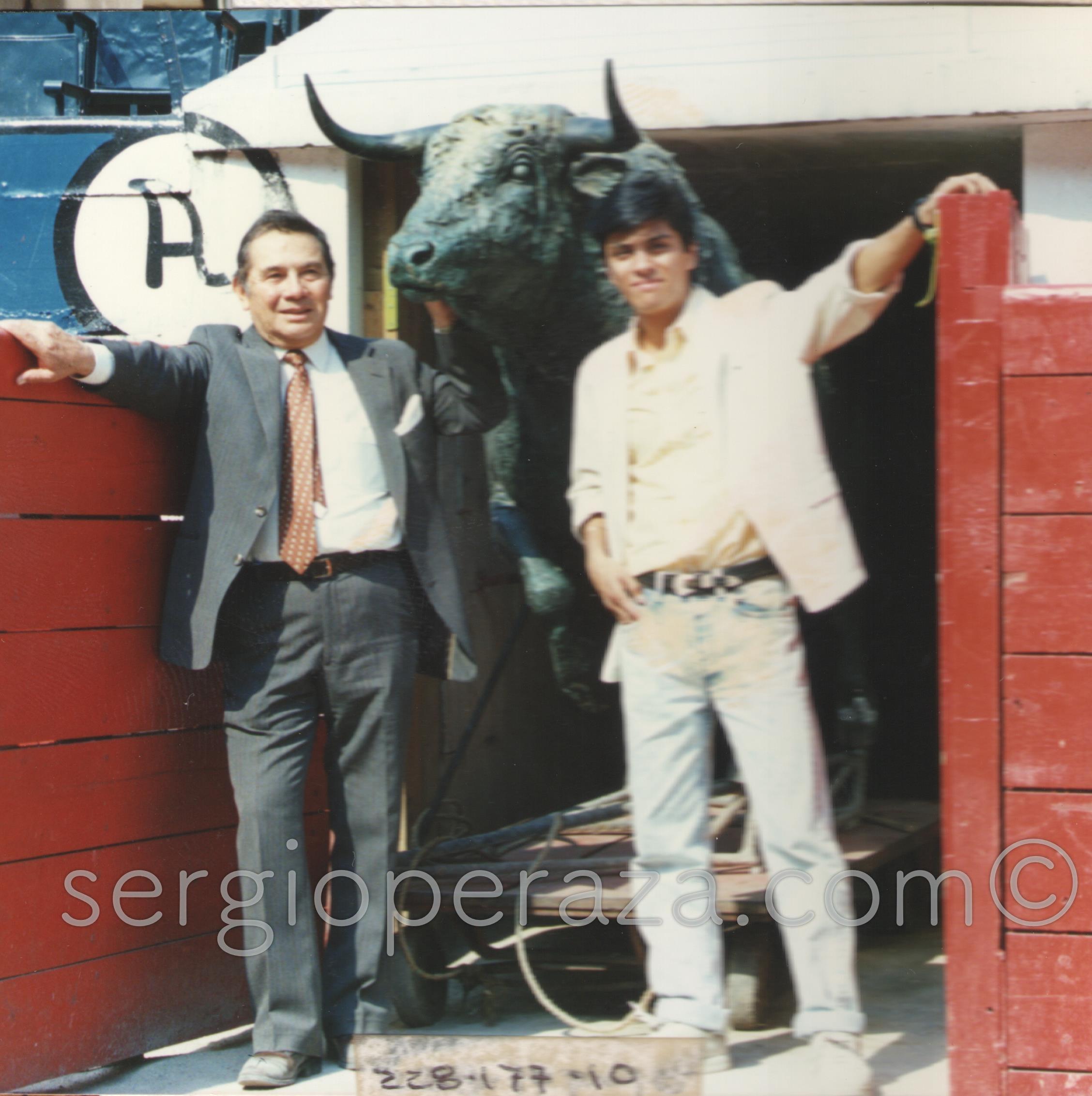 La Puerta de Los Sustos, Humberto Peraza Ojeda Y Sergio Peraza Avila 1994