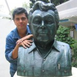 Victor Cervera Pacheco Busto Sergio Peraza